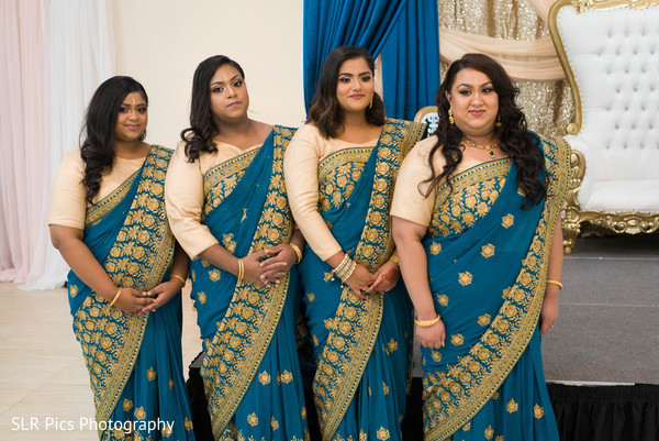 Bridesmaids posing for pictures