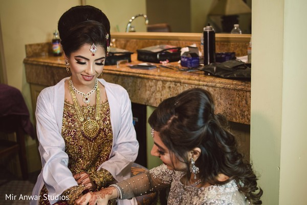 Stunning Indian bride wearing her ceremony jewelry.
