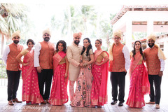 Lovely couple with bridesmaids and groomsmen capture.
