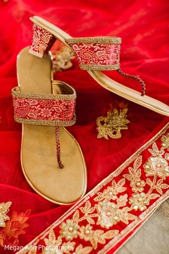 Incredible Indian bridal red shoes.