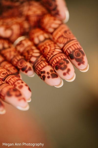 Closeup capture of maharani's henna art.