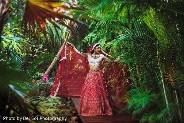 Insanely beautiful indian bridal photo session.