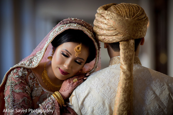 Dreamy indian soulmates posing for photo shoot.