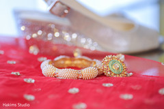 Stunning maharani's jewelry capture.
