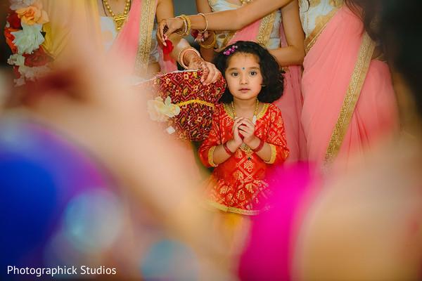 Lovely Indian flower girl's capture.