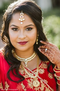 Incredible Indian bridal ready for her big day.
