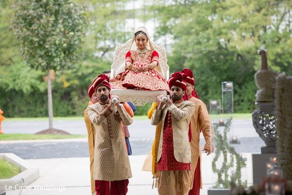 Maharani being carried by special guests