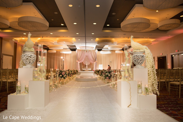 See this dazzling Indian wedding decor