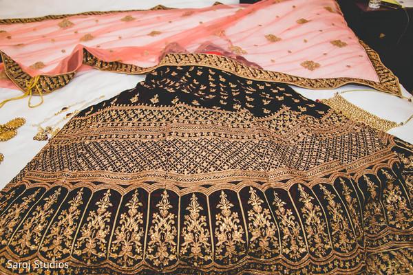Maharani's wedding ceremony fashion.