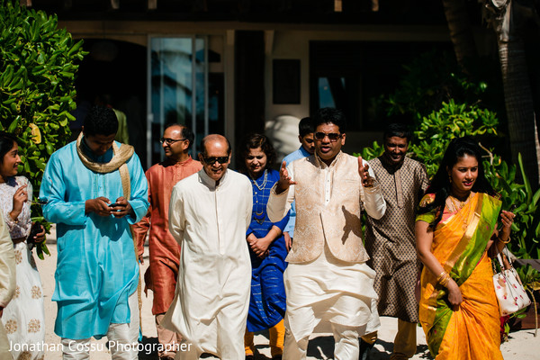 Marvelous Indian wedding guests fashion.