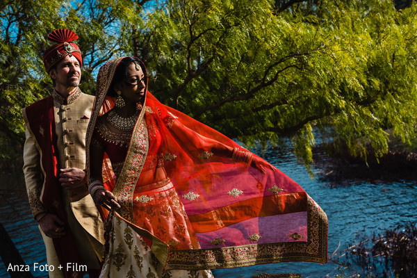 Indian couple's dreamy photo session.