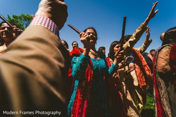 Upbeat Indian baraat procession capture.