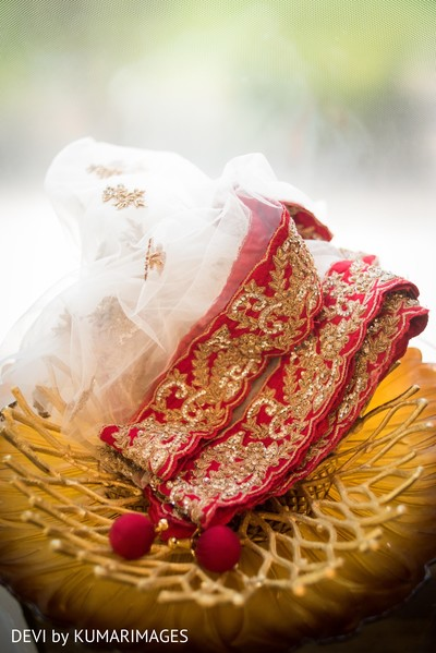 Details of the Indian wedding attires