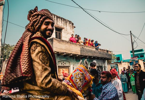 Indian groom amazing entrance