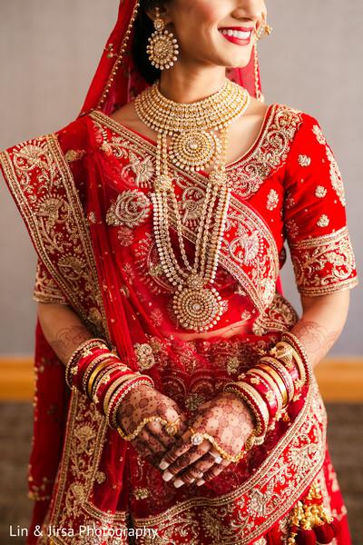 Stunning maharani's kundan set.