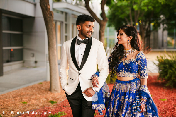 See this beautiful Indian bride and groom capture.