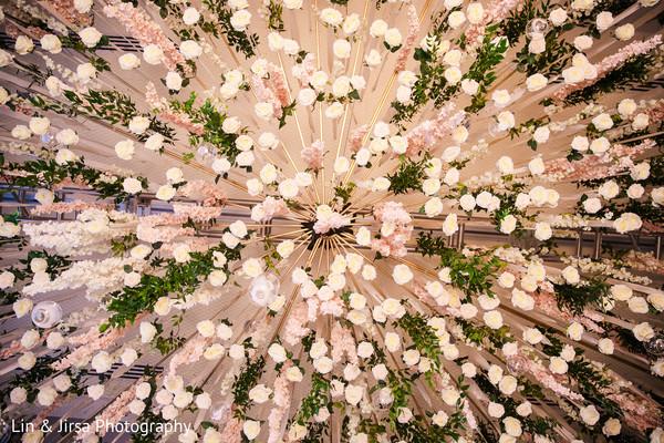Impressive Indian wedding flower decoration.