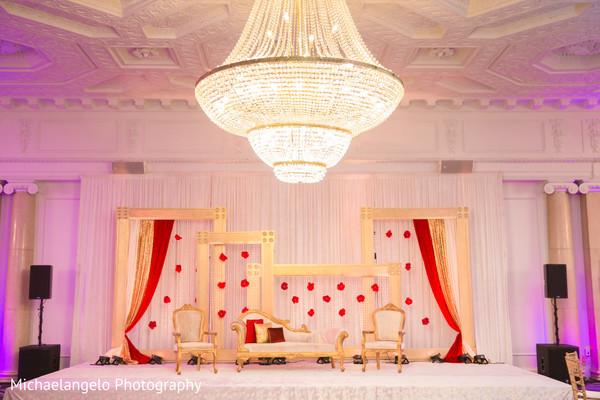 Fascinating Indian wedding decoration