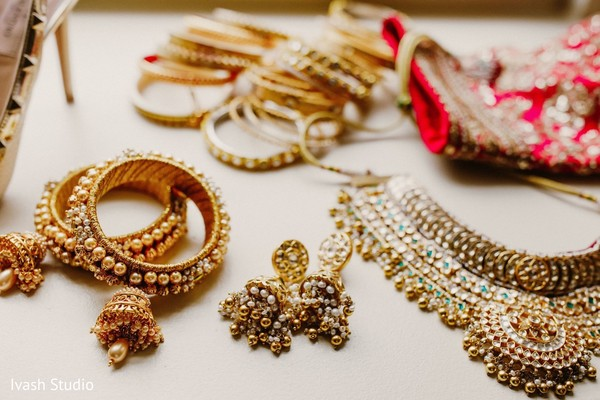 Ecstatic Indian bridal jewelry.