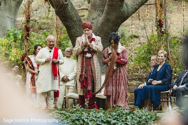 Indian lovebirds making a prayer