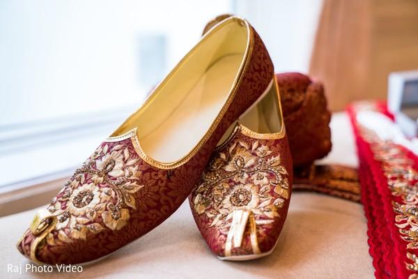 Indian groom juttis