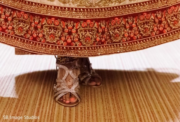 Stunning Indian bridal ceremony shoes.