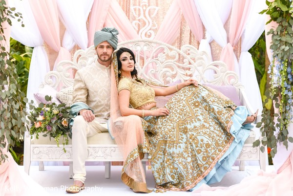 Dreamy indian lovebirds photo shoot.