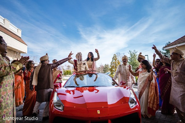 Sensational indian groom's baraat celebration.