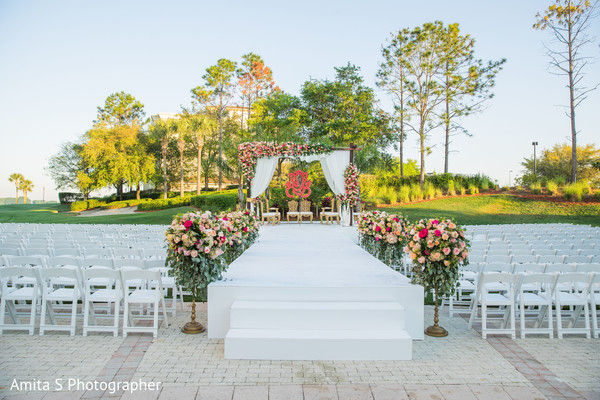 Impressive Indian wedding ceremony setup.