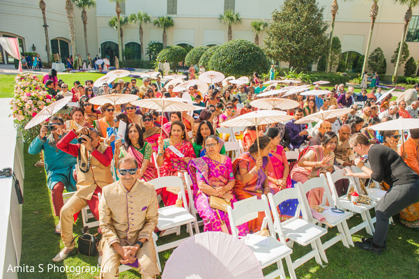 See this incredible Indian wedding ceremony.