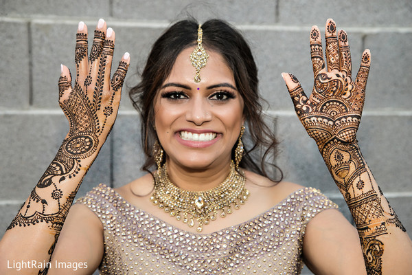 Indian bridal henna art and amazing wedding accessories
