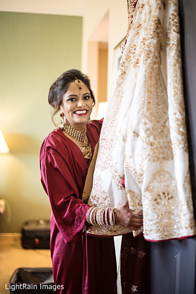 Beautiful indian bride's photography