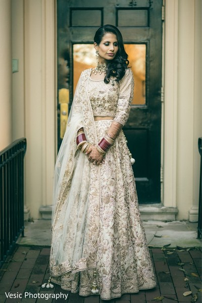 Beautiful Indian  bridal ceremony fashion.