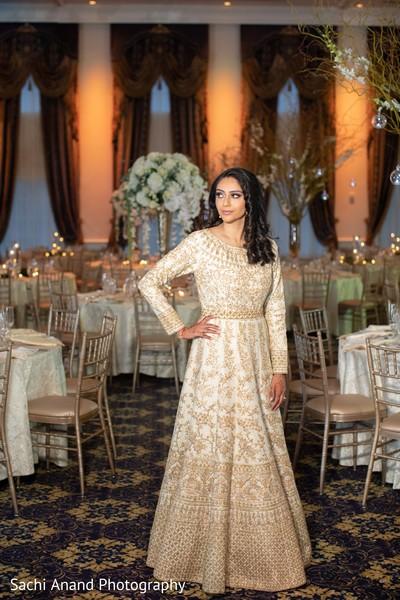 Fabulous Indian bridal photo.