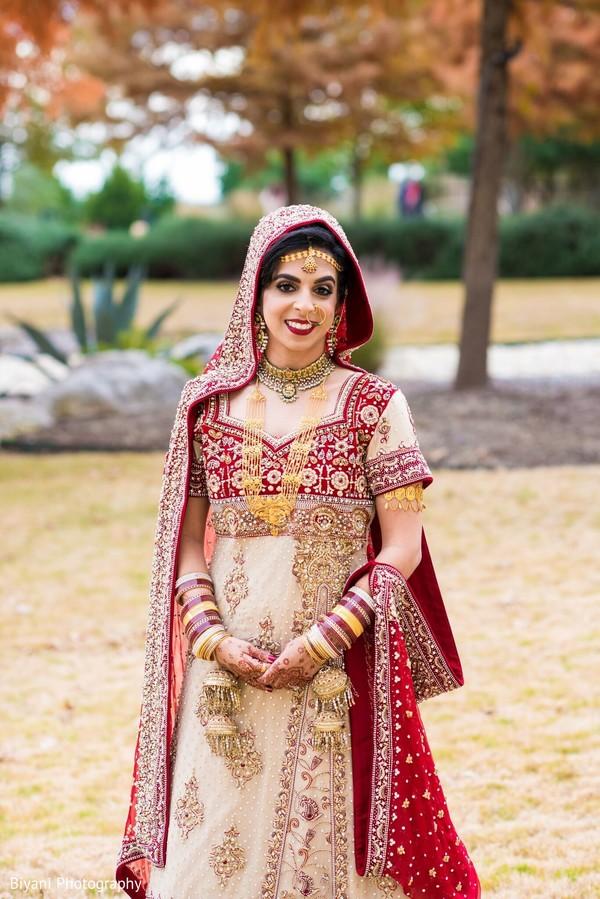 Indian bride wearing the lengha