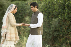 Indian bride showing her gorgeous mehndi