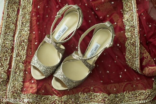 Phenomenal indian bride's shoes capture