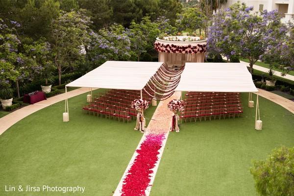 Magnificent Indian wedding ceremony setup.