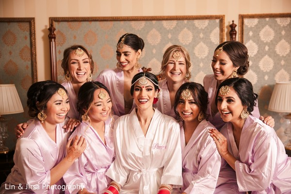 Maharani with bridesmaids looking gorgeous