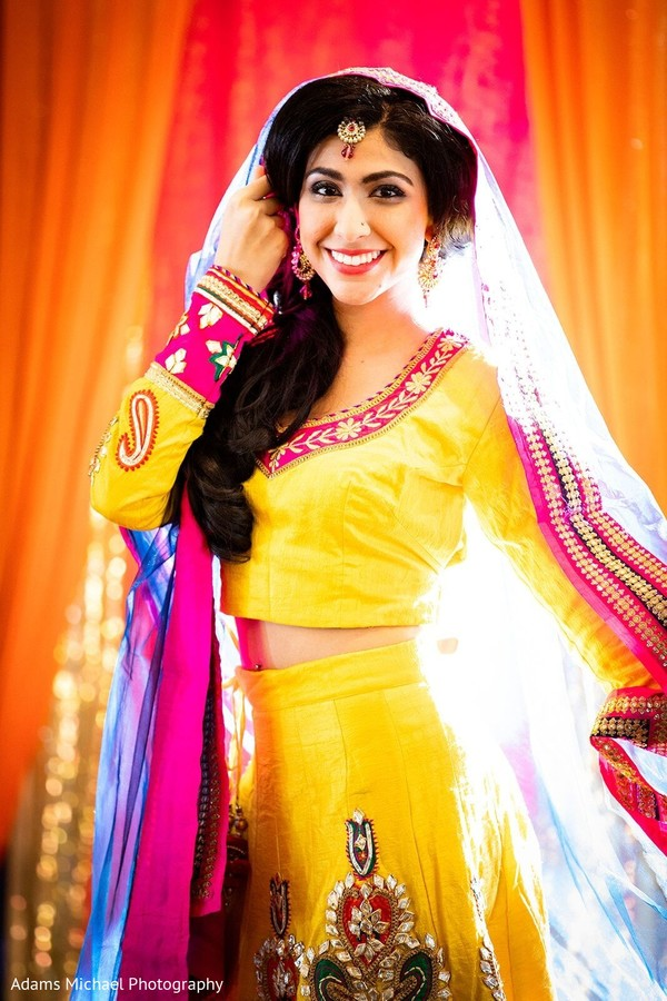 Take a look at this beautiful photo of our Indian bride.