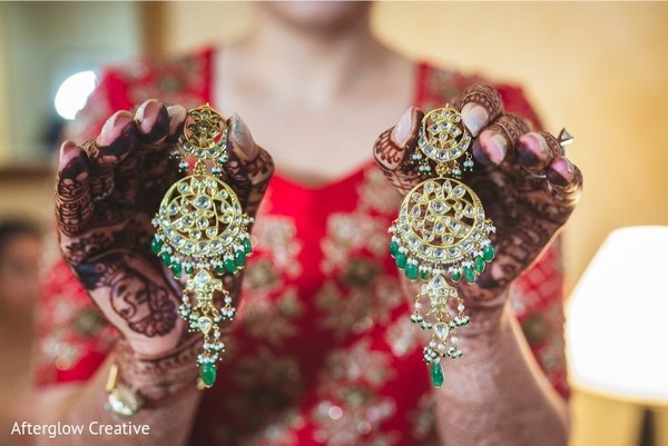 Stunning Indian bridal ceremony earrings.