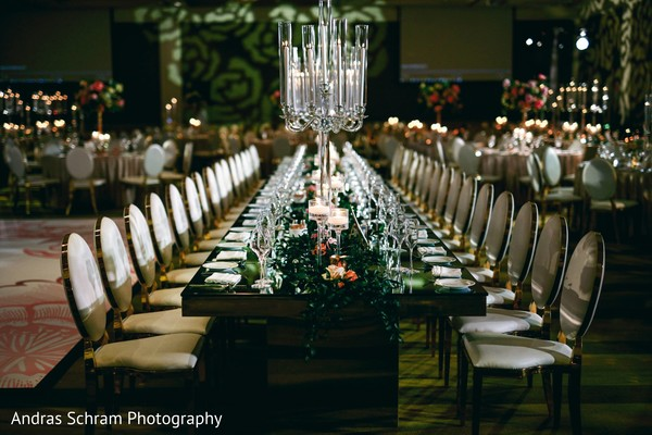 See this beautiful table decor design.