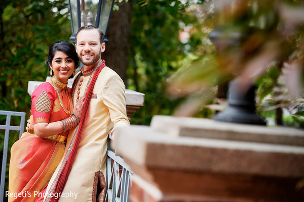 Our Indian couple irradiates happiness.