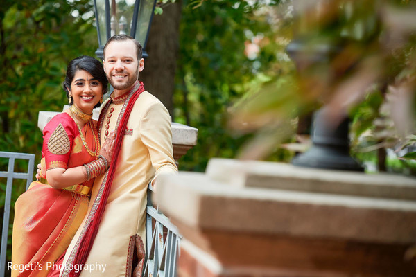 Take a look at this lovely Indian couple.