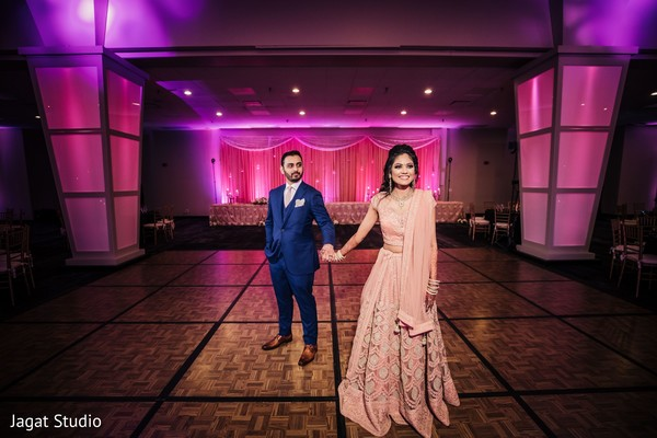 Look at the elegance of this Indian couple.