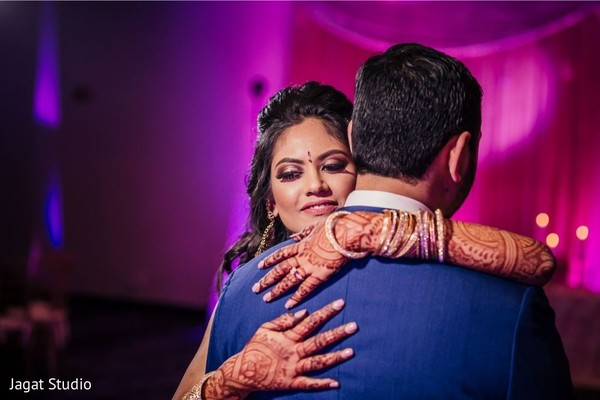 Inspiring lovely moment by maharani hugging her groom.
