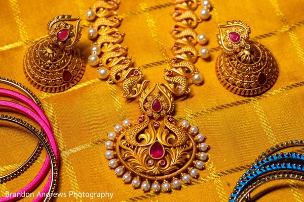 Magnificent Indian bridal kundan set and chooras.