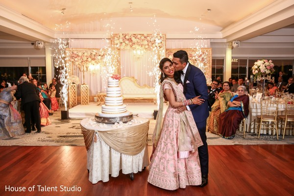 See this ravishing indian bride and groom capture