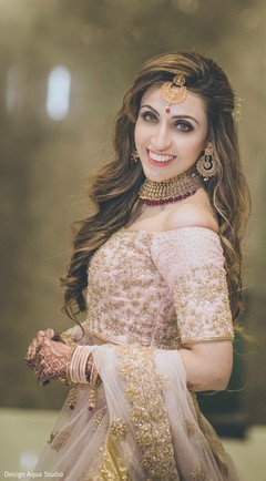 Breathtaking beautiful Indian bride.
