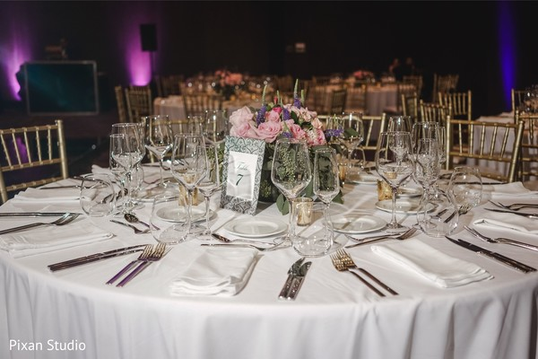Marvelous Indian wedding reception table decor.
